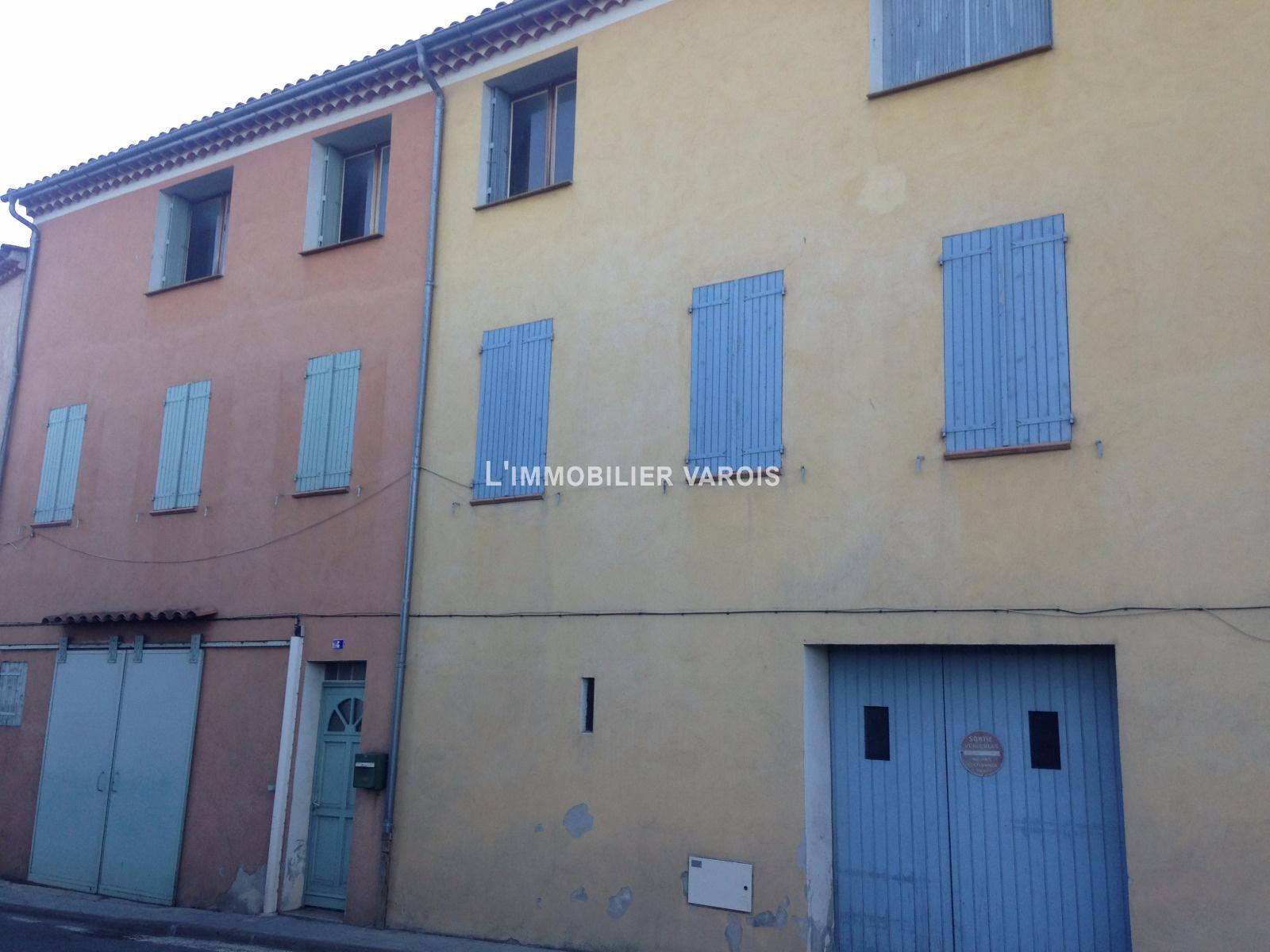 Vente appartement pierrefeu du var maisons et villas for Appartement atypique var